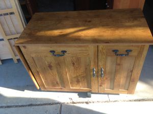 MINI STORAGE CABINET .MINI BAR ,MINI EXTRA CABINET for Sale in Downers Grove, IL
