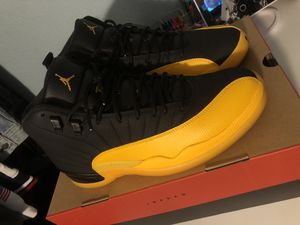 Jordan 12 black anniversary Gold size 11 for Sale in San Leandro, CA