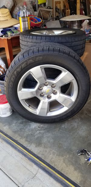 """Stock 20"""" wheels with tires from 2014 Chevy Silverado 1500 for Sale in Fontana, CA"""