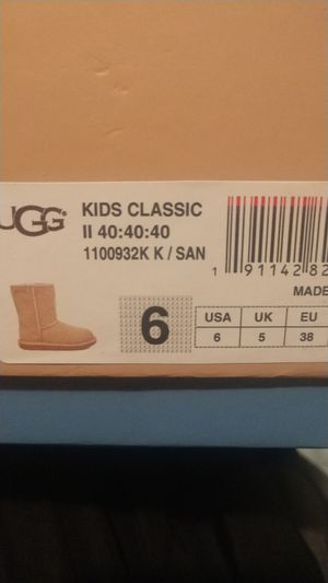 UGG Kids Classic 40 year collection for Sale for sale  Bell Gardens, CA