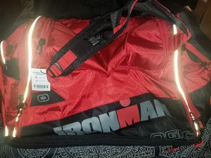 IRONMAN M9 DUFFLE for Sale in Austin, TX