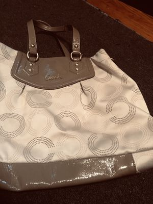 Coach purse in excellent condition for Sale in King of Prussia, PA