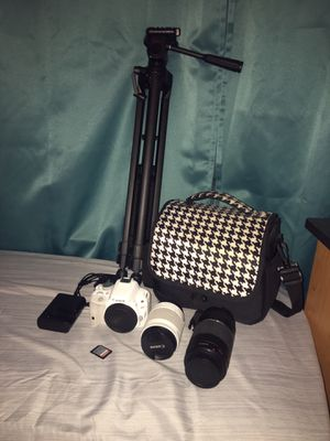 Canon Rebel Eos with everything you need for Sale in Hartford, CT