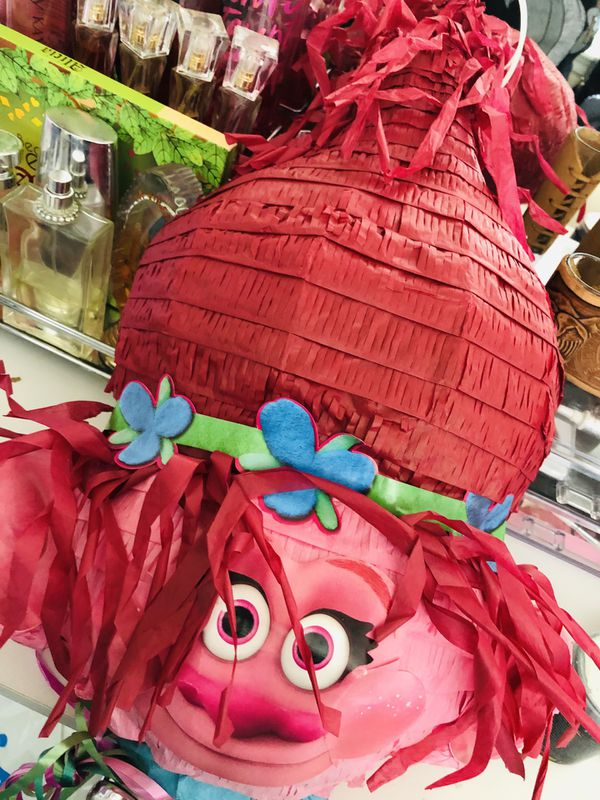 Trolls Piñata