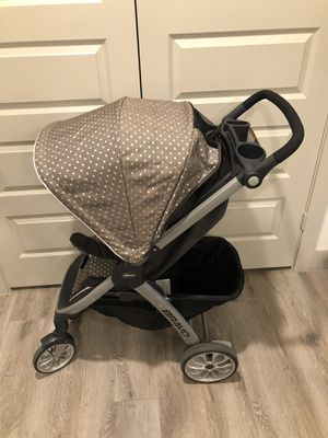 Chicco Bravo Travel System-Lila for Sale in Fort Worth, TX