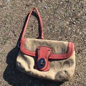 Coach Wristlet for Sale in Columbus, OH
