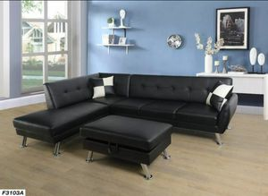 Nice black sectional & Ottoman for Sale in Puyallup, WA