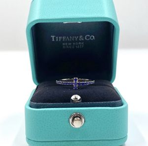 Tiffany&Co Sapphire T Band Ring for Sale in Los Angeles, CA