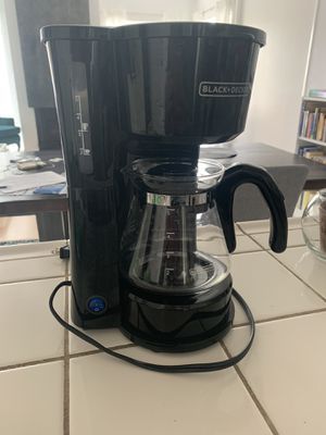 Barely used Black+Decker coffee maker for Sale in San Diego, CA