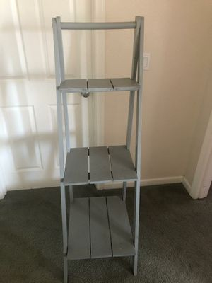 Ladder shelf (pending) for Sale in Fresno, CA