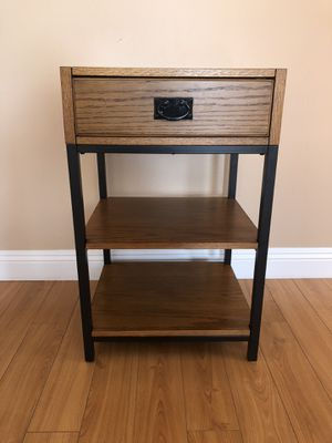 3 Tier End Table for Sale in Bakersfield, CA