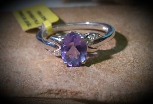 Genuine Color changing Flourite size 7 for Sale in Georgetown, TX