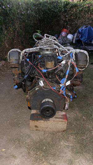 Marine Engine v8 5.7 for Sale in Long Beach, CA