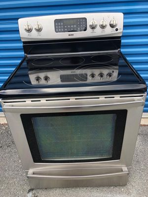 Kenmore eléctric stove for Sale in Frederick, MD