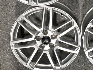 AUDI 18 inch factory wheels for Sale in Prospect Heights, IL