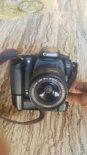 """ Only for pro photographer only "".... Canon EOS 20 D Body with lenses. for Sale in Philadelphia, PA"