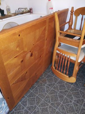 Kitchen Table with 6 padded chairs for Sale in Pickens, SC