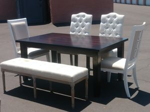 Beautiful dining set for Sale in Mesa, AZ