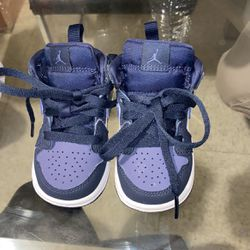 Nike Baby Sneakers Size 4 for Sale in Boston,  MA