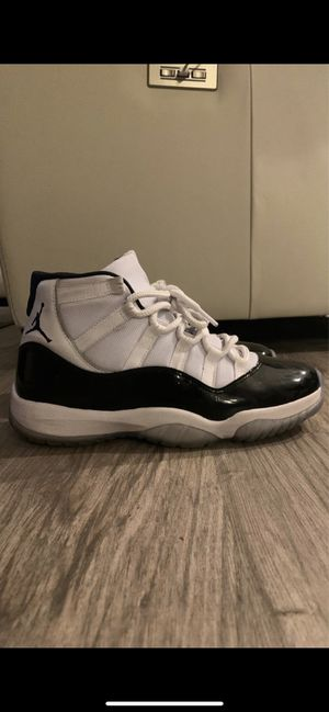 Jordan 11 concord size 8 for Sale in Las Vegas, NV