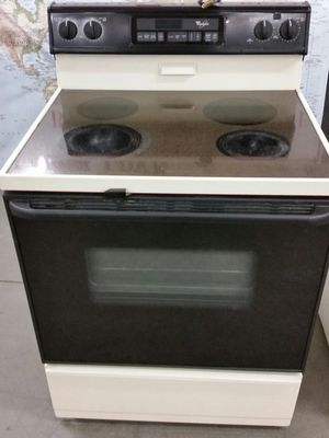Electric stove like new 4 months warranty for Sale in Alexandria, VA