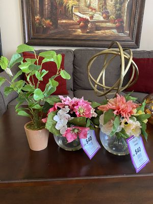 2 fake floral plants and one small tree from Michaels for Sale in Tempe, AZ