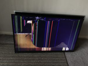 2 broken screen TVs . Best offers for Sale in Kennesaw, GA
