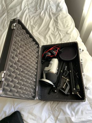 Blue Yeti Microphone Full Set-up for Sale in San Diego, CA