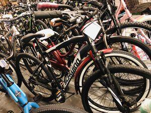 Schwinn 700c Glenwood Men Hybrid bike for Sale in College Park, GA