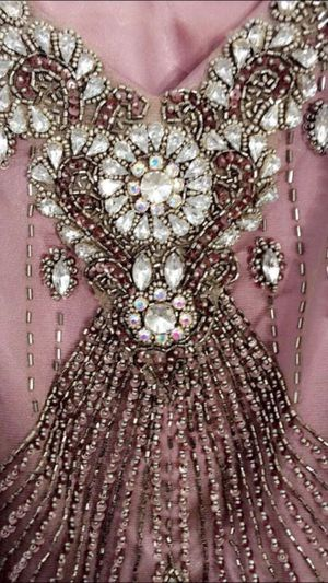 prom dress 👗 Terani purple violet halter dress size 6 for Sale in El Cajon, CA