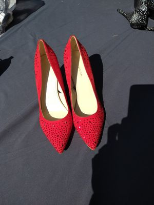 Women's dress heel new size 10 Mark Fisher red sparkles for Sale in Oregon City, OR