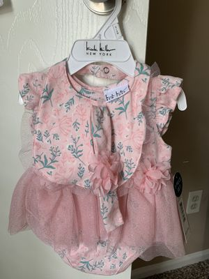 Baby girl clothes 3-6 months for Sale in Houston, TX