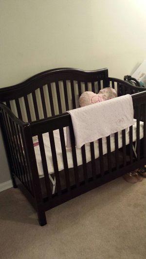 4 in 1 convertable Crib for Sale in Greensboro, NC