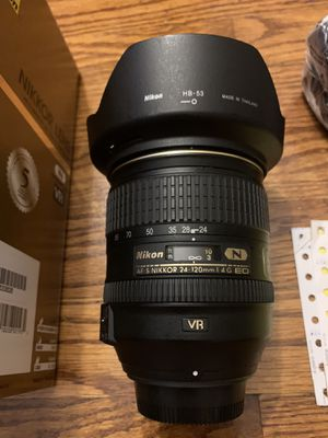 Nikon 24-120mm f/4G ED VR for Sale in Queens, NY