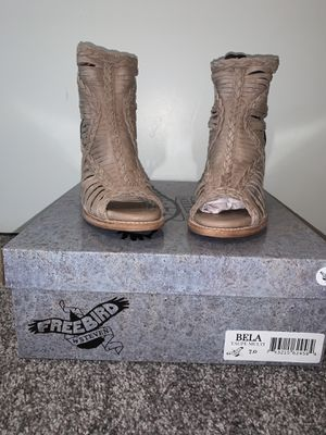 Freebird by Steven, Freebird, Steve Madden, ankle boots, sandals for Sale in Mount WASHING, OH