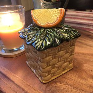 Orange sugar bowl. (Lefton). for Sale in Chicago Ridge, IL