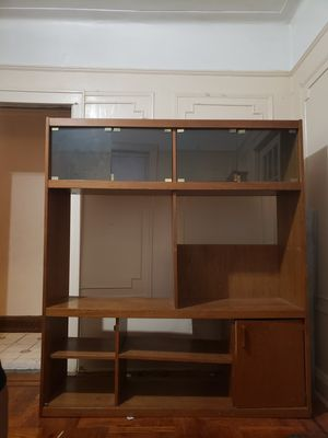 Antique wood china cabinet with glass display for Sale in Queens, NY