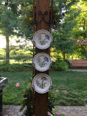 Wrought iron decorative plate display for wall for Sale in Rye Brook, NY