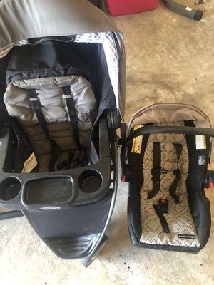 Car seat/stroller for Sale in Dickinson, TX