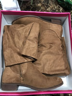 Women's Suede Boots Size 9.5 for Sale in Columbus, OH