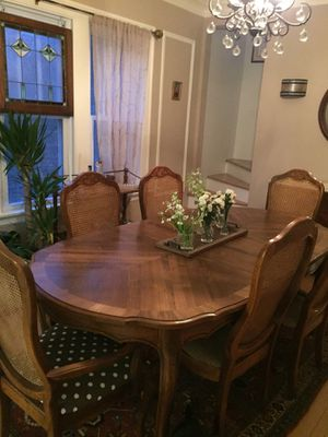 FRENCH PROVINCIAL DINING ROOM SET for Sale in Oak Park, IL
