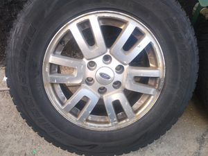 6 lugs ford tires and rims for truck 265/70/18 for Sale in Chicago, IL