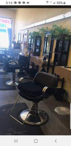 Hair Stacions with chairs mirrors excellent condition for Sale in Fontana, CA