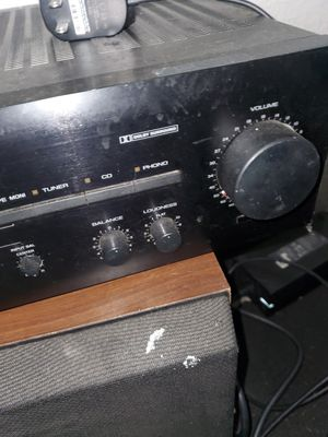 Yamaha natural sound av-70 stereo receiver for Sale in Aurora, CO