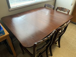 FREE: Dining Set for Sale in Seattle, WA