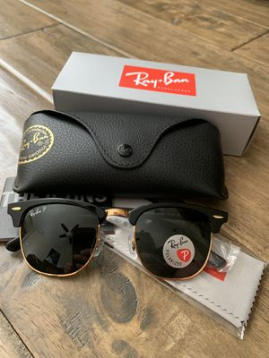 Polarized Ray Ban Clubmaster 51mm classic black gold sunglasses for Sale in Las Vegas, NV