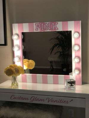 Hollywood Vanity Mirror Desk Not Included For Sale In Las Vegas