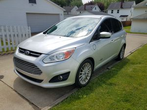 2013 Ford C max hybrid for Sale in Canton, OH