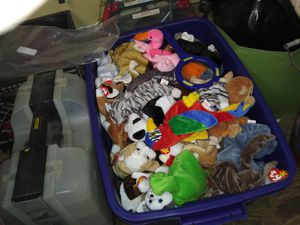 100s of beanie babies for Sale in Murfreesboro, TN