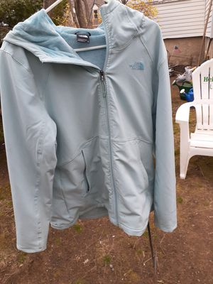 Women's real North face jacket size xl for Sale in Natick, MA
